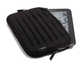 Belkin Pleated Sleeve  for 6 Inch Kindle - Black & White