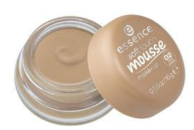 Essence Soft Touch Mousse Make-Up - 02 Matt Beige