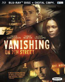 Vanishing on 7th Street - (Region A Import Blu-ray Disc)
